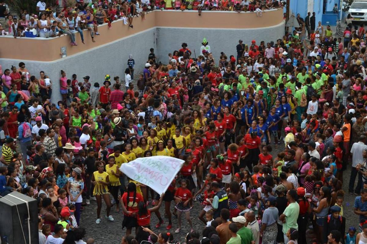 Carnaval: 4 grupos participam no concurso