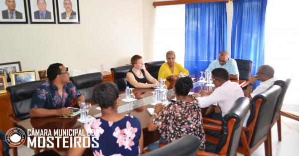 Social: Presidente do ICIEG visita Mosteiros