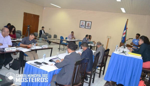 Política: Deputados Municipais visitam localidades