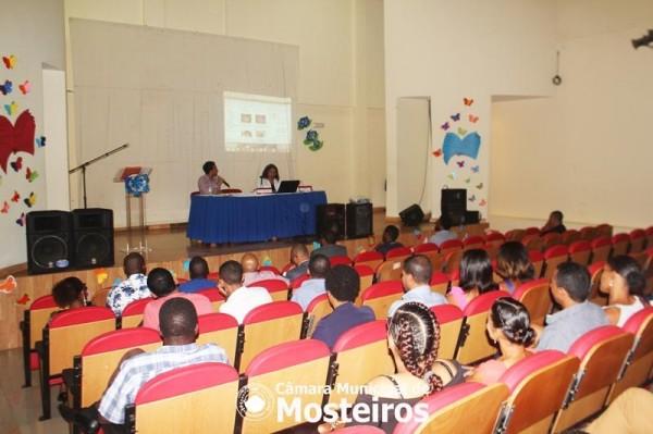 Efeméride: Cultura, Desporto e Reflexão para assinalar Dia do Professor Cabo-verdiano