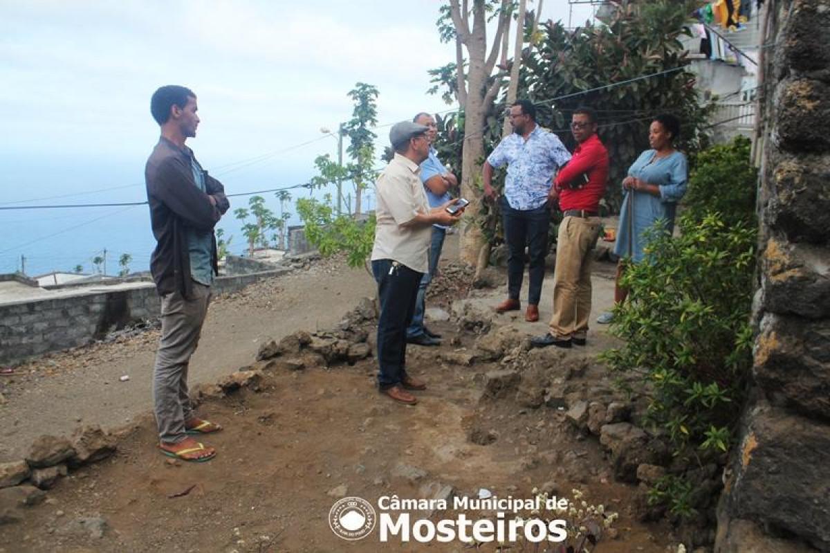 Habitação: Vereação em contato com beneficiários nas Zonas Altas e Mosteiros Trás