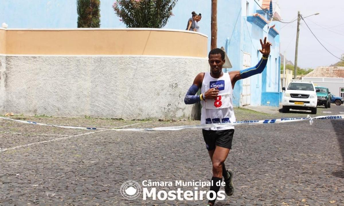 Atletismo: Kueny Miranda é o vencedor da Corrida da Independência
