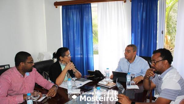 Institucional: Ministra da Educação recebida na Câmara Municipal