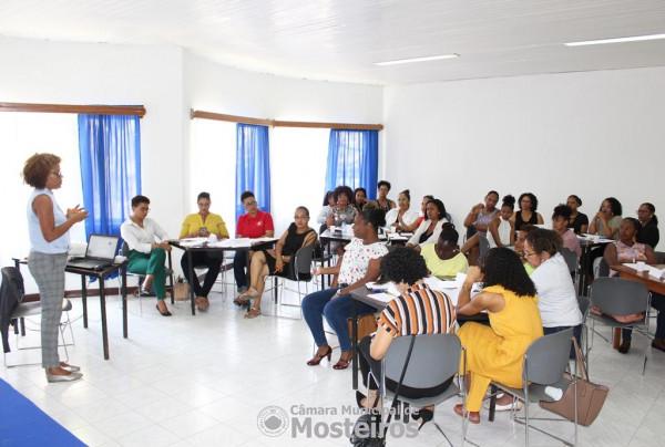 """Agenda Comum de Género: Mulheres participam em sessão de """"Coaching Executivo para uma Liderança eficaz"""""""