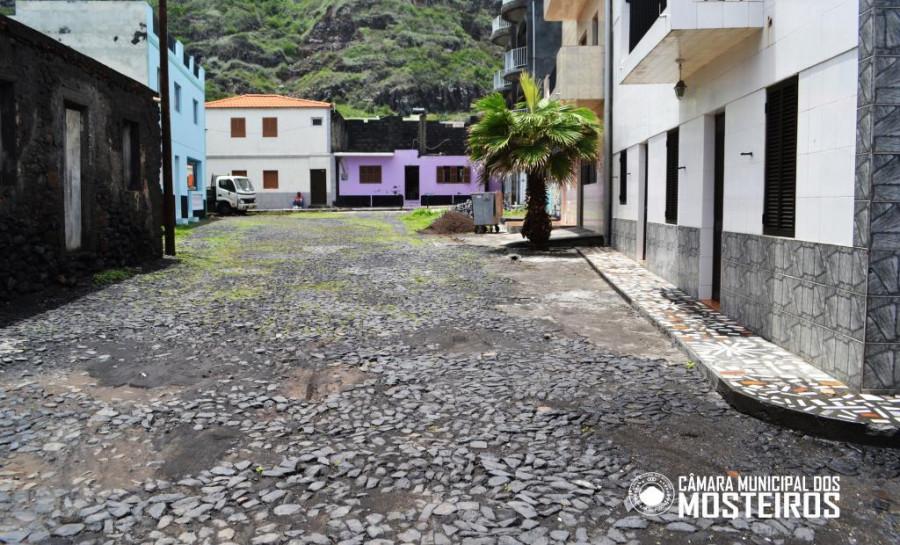 Obras: Câmara Municipal reabilita rua de Lagariça na cidade de Igreja